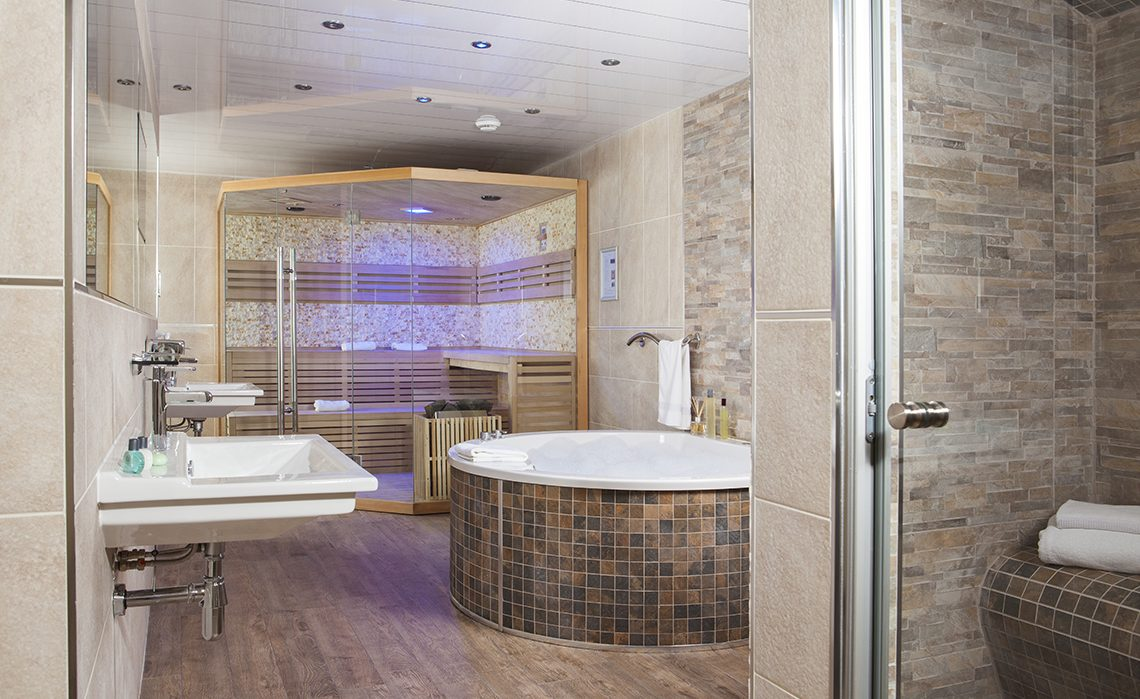 Silver Signature Spa Suite Package £349 per night